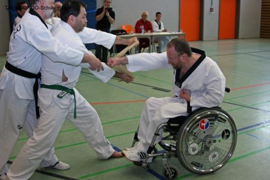 Rollstuhl-TAEKWONDO bei der Prüfung in Farchet, 18.7.2010